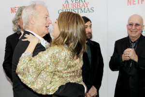 Sofia Coppola umarmt Bill Murray